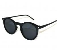 London-Classic-Zwart-zonnebril-linker-aanzicht